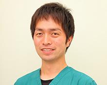 獣医師 岩崎